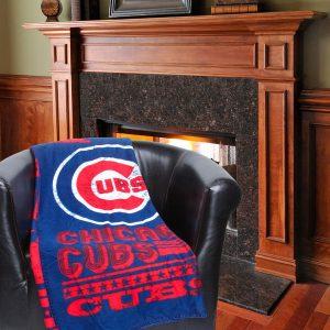 Chicago Cubs 50″ x 60″ Strength Fleece Blanket