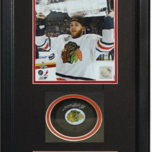 Autographed Shadowbox W/Puck – Patrick Kane Chicago Blackhawks